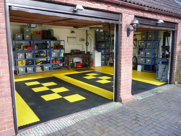 Garage floor covering tiles